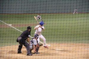 zac_at_bat_600x400